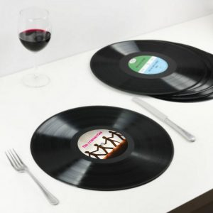 news-2016-09-27-cl-vinyl-placemats